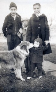 Sam_with_older_sibs